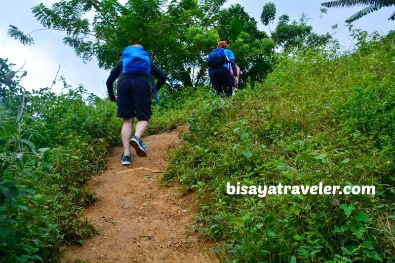 Mount Mago: A Laid-Back Boundary Climb With Team Bang